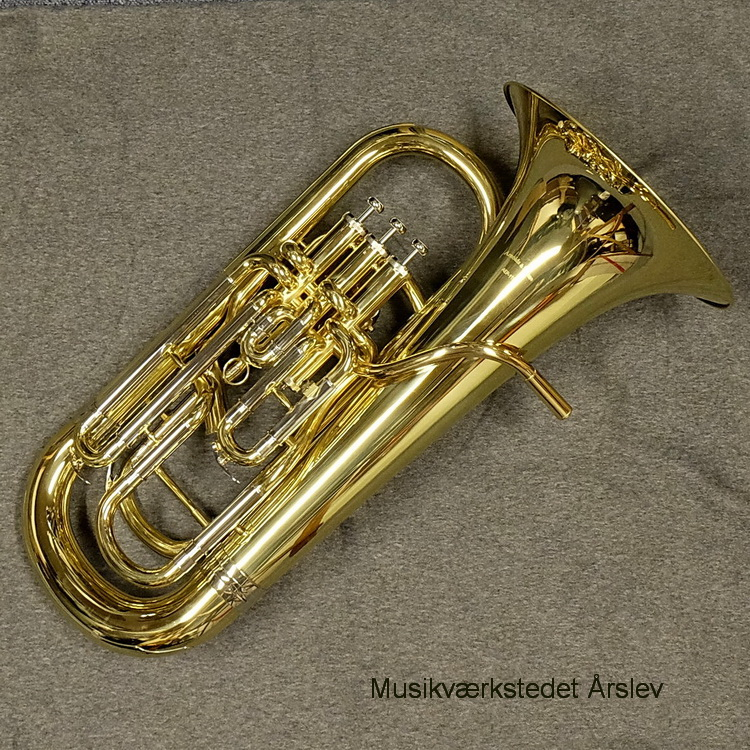 Arnold & Sons AEP-1150. Bb Euphonium 3 + 1 monel ventiler. Compensating system. Gold-brass leadpipe, yellow brass schalstykke. Inkl. munstykke og etui. kr. 13.450,-